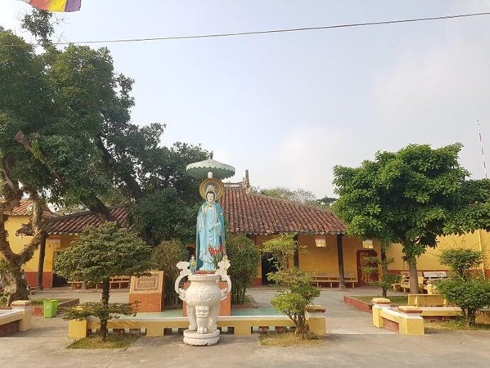 Đi chùa lễ Phật đầu năm - 4