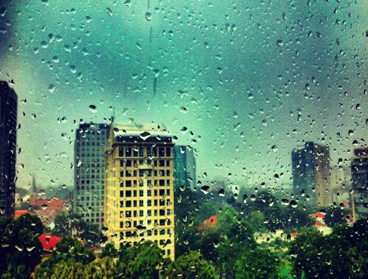 Bí kíp 'xịn mịn' thỏa sức du lịch Sài Gòn mùa mưa