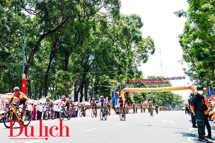 Chàng rể Việt Nam đoạt áo vàng chung cuộc Cup Truyền hình TP.HCM 2021 - 10
