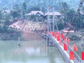 - Tập trung phát triển du lịch sinh thái - cộng đồng ở Thường Xuân