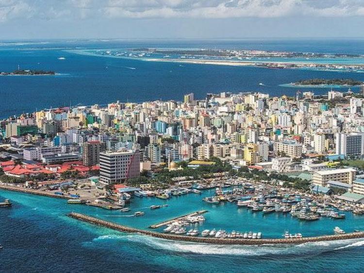 Maldives ngừng cấp thị thực du lịch cho khách từ các nước Nam Á