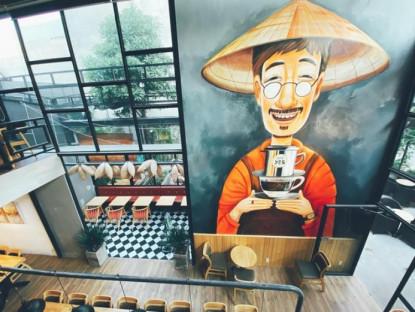 """Ăn gì - Hai quán cà phê """"không ngủ"""", thu hút sinh viên ở Làng đại học Thủ Đức"""