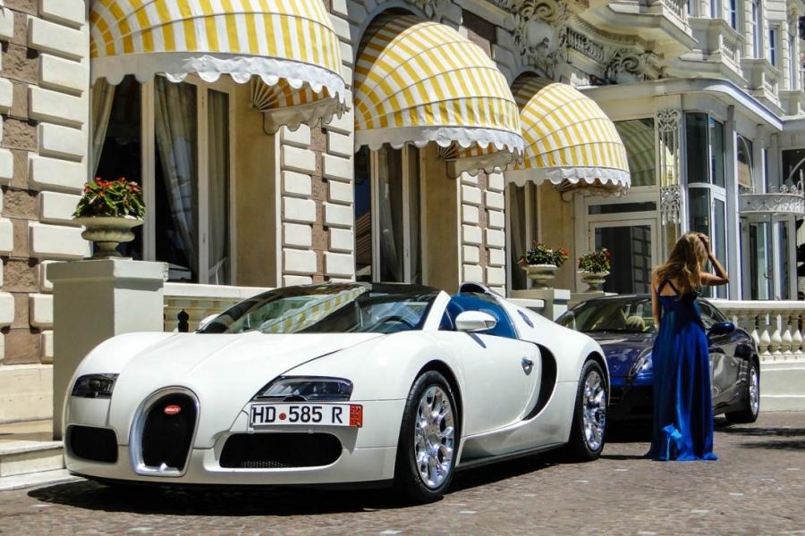 Du lịch đến Cannes như minh tinh màn bạc - 1