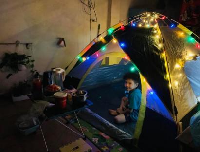 Chuyện hay - Ở nhà mùa dịch: Cắm trại trên sân thượng vui không tưởng