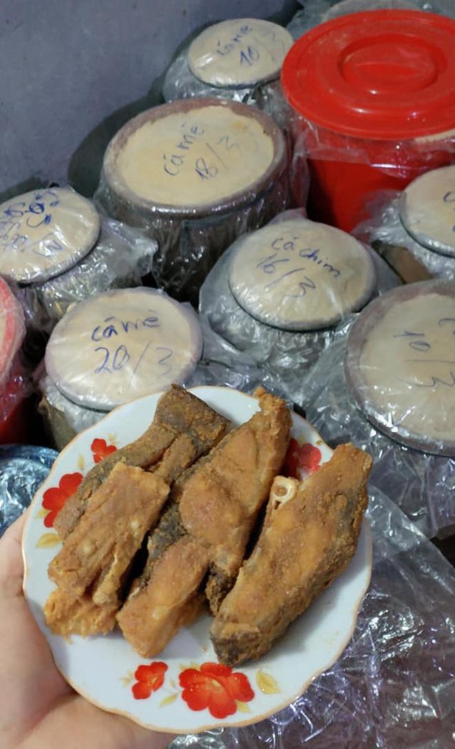 """Kỳ công món đặc sản cá """"muối chua"""" bằng thính gạo ở Vĩnh Phúc - 9"""