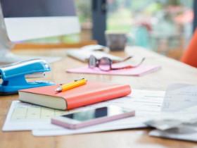 """- 6 cách sắp xếp bàn làm việc """"tiêu chuẩn"""" trong mùa giãn cách"""