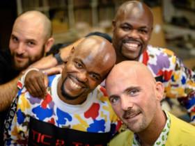 - Mỹ tổ chức lễ hội đầu hói đầu tiên trên thế giới, đầu càng ít tóc càng được tôn vinh