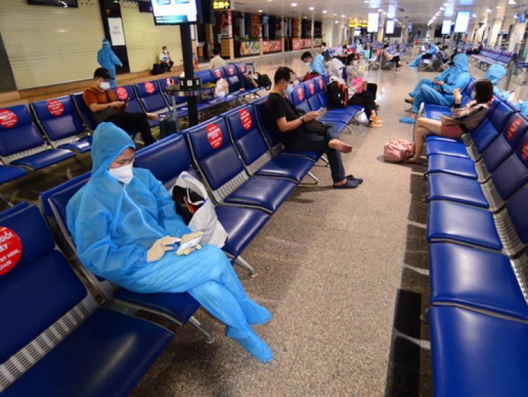 Bỏ cách ly tập trung, chuyến bay từ TP.HCM đến Hà Nội hết vé đến 18/10